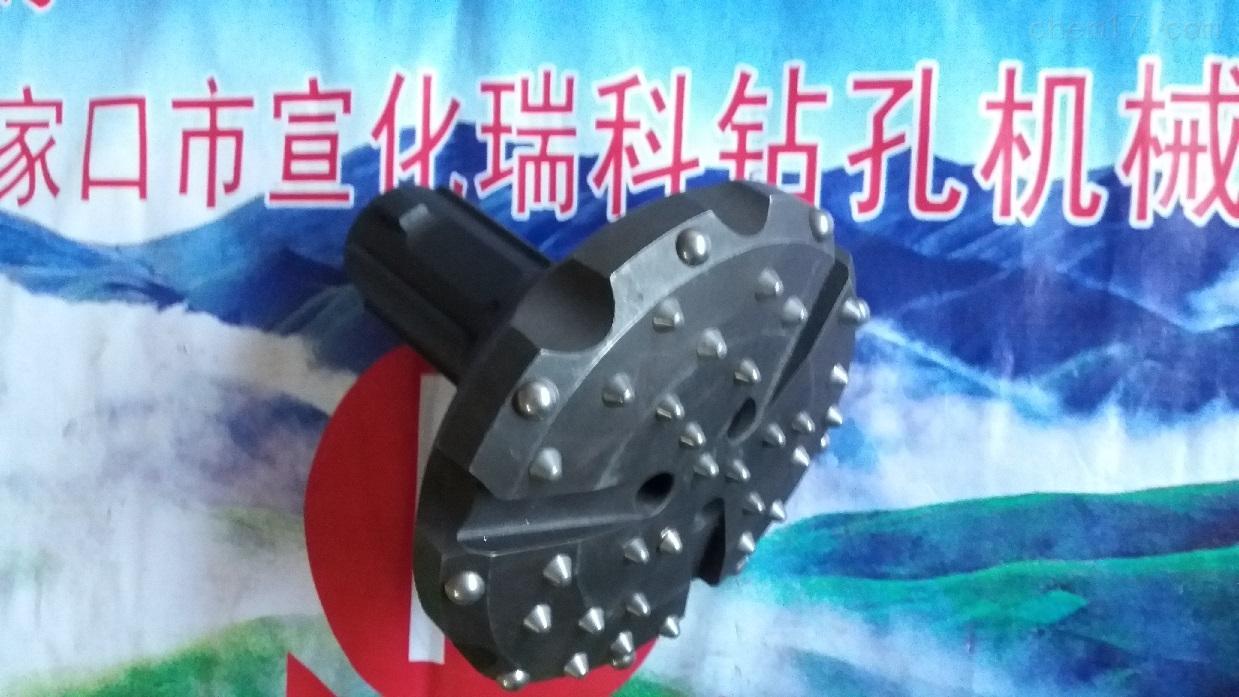 钎头型号配用冲击器潜孔性能