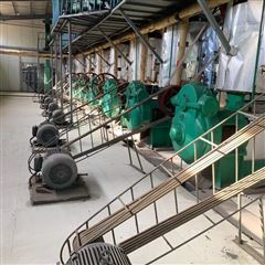 各种型号全网高价回收双螺旋榨油机
