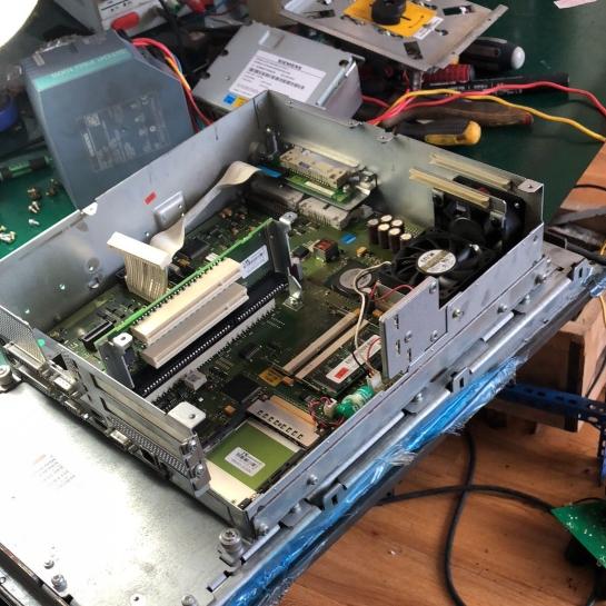西門子PCU50工控機黑屏十年修複解決