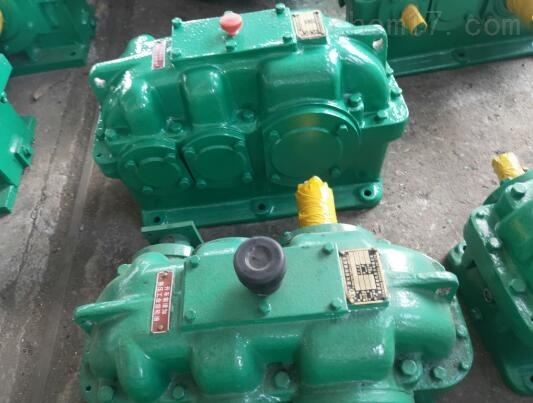 现货泰兴:ZLY400-16-1减速机