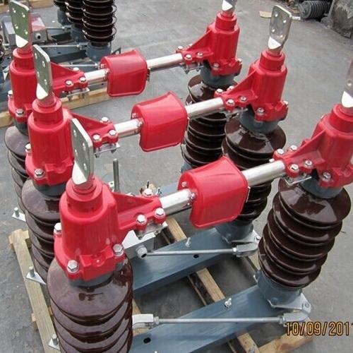 手动防污型35KV高压隔离开关