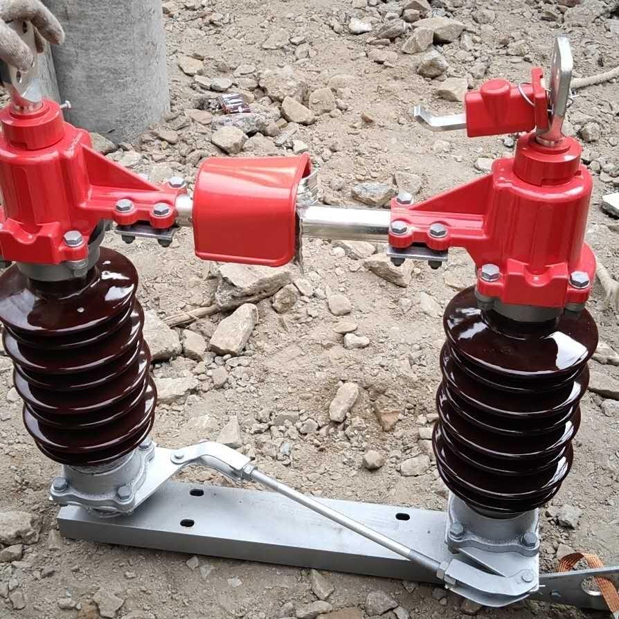 四川达州柱上刀闸35KV高压隔离开关
