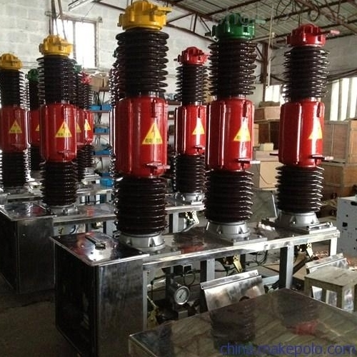 高压LW8-40.5六氟化硫断路器操作机构维修