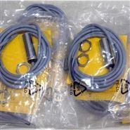 TURCK温度传感器NI75U-CP80-AP6X2型