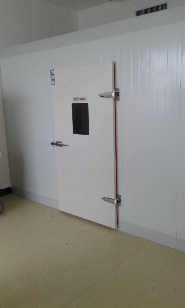 标准配备:观测窗,测试孔(50mm一个),照明灯一套     10.电源:3 ?