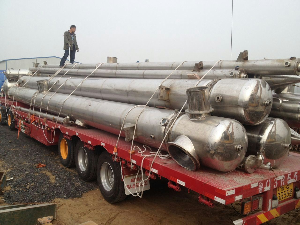 二手三效降膜蒸发器价格-华谊二手油脂化工设