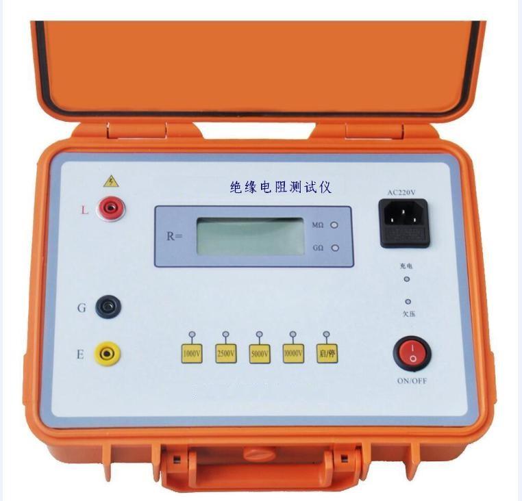 本绝缘兆欧表采用微电脑控制。逆变电路将DC供电逆变为额定高压输出电压:1000V、2500V、5000V、10000V,施加到被测试品两端。采样电路,将采样值输出到A/D处理器, A/D处理器转换、处置结果最终由LCD数字显示屏显示,用户可直接读取测试绝缘电阻值。 该A/D处理器在启动高压测试后的第15s、1min、10min时自动进行转换,并将数据存入数据存储器;存储器内的数据可自动或手动调出读取,也能进行R1min/R15s、R10min/R1min运算,并读出数值。TD5B-10000V+带自动计
