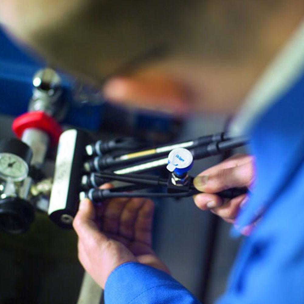 压缩空气质量检测仪现场检测