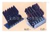 C、M型排式滑触线集电器